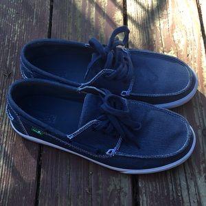 Like new Sanuk Shoes